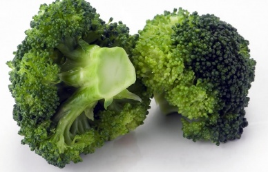 THE BENEFITS OF EATING BROCCOLI